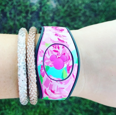 Your Magic Band doubles as your room key!